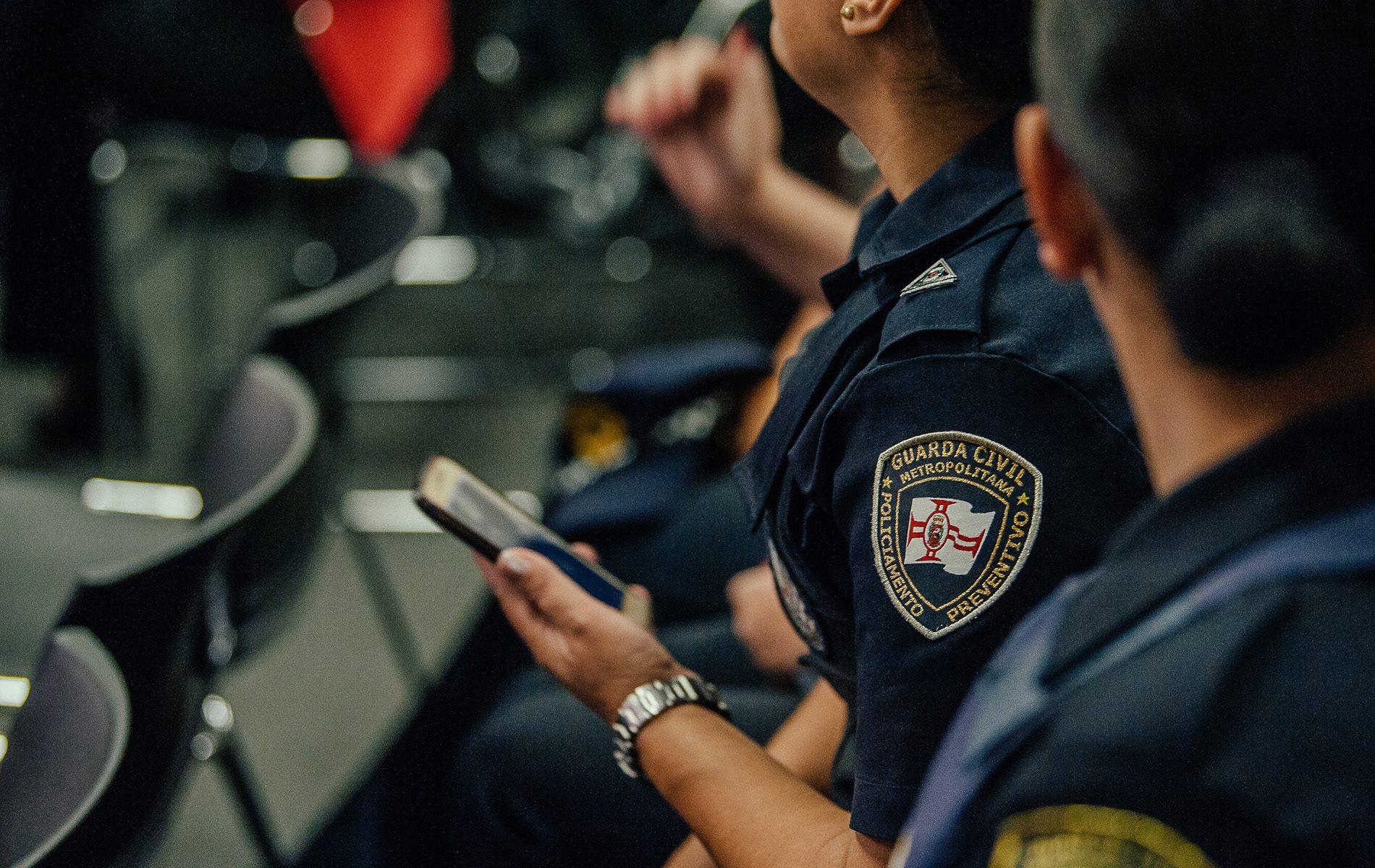 Guardas Civis assistem ao lançamento do aplicativo Socorro Imediato (Divulgação: Prefeitura)