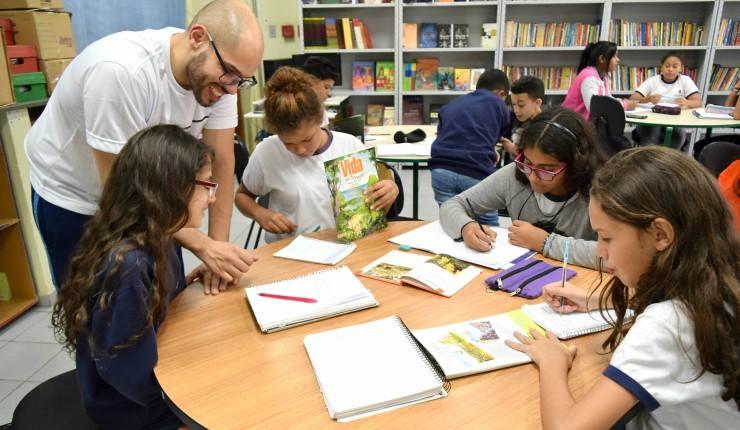 Rede Municipal de Ensino contará com plataforma de aprendizado online e material impresso (Crédito: Divulgação Prefeitura)