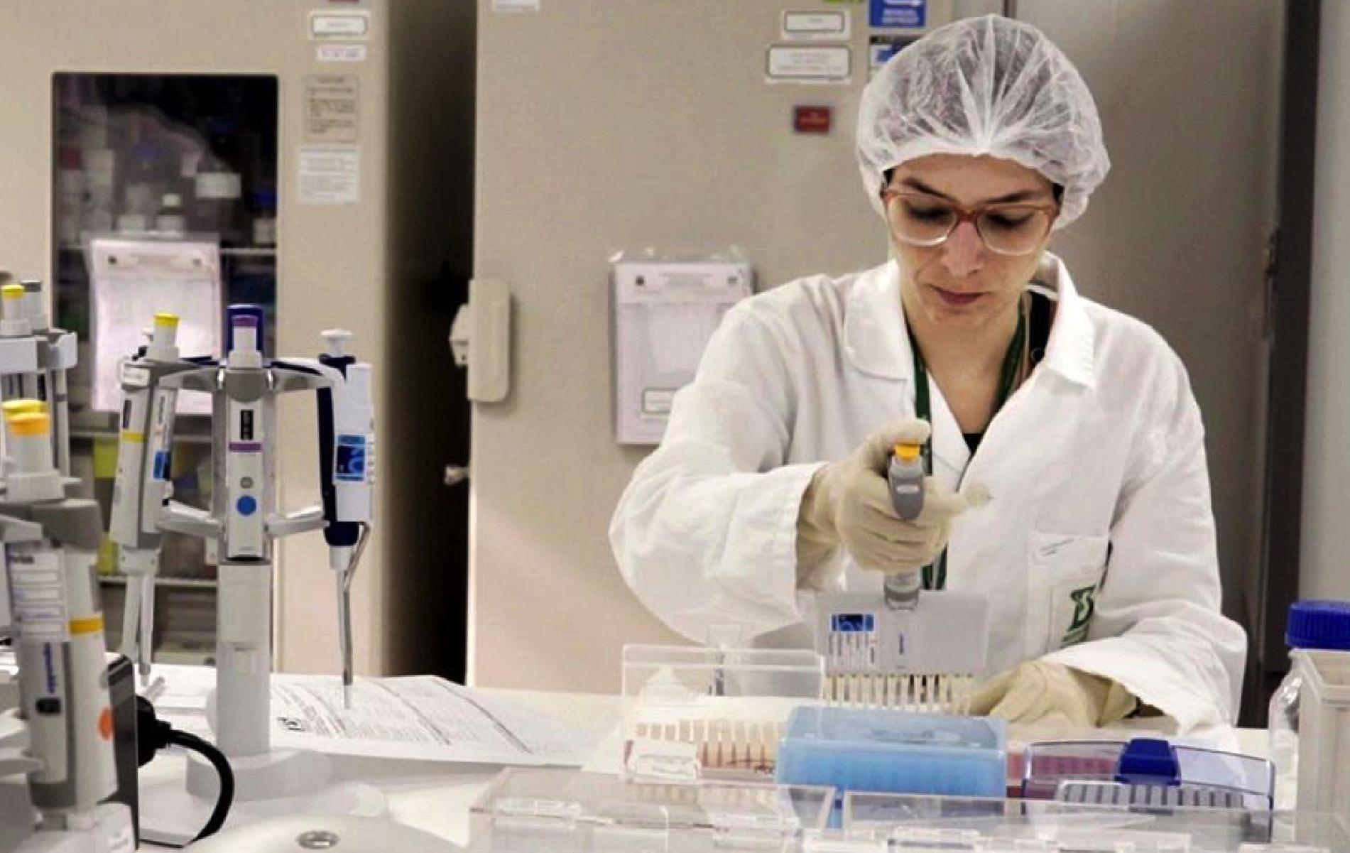 Vacina já está na terceira fase de testes (Crédito: Instituto Butantan).