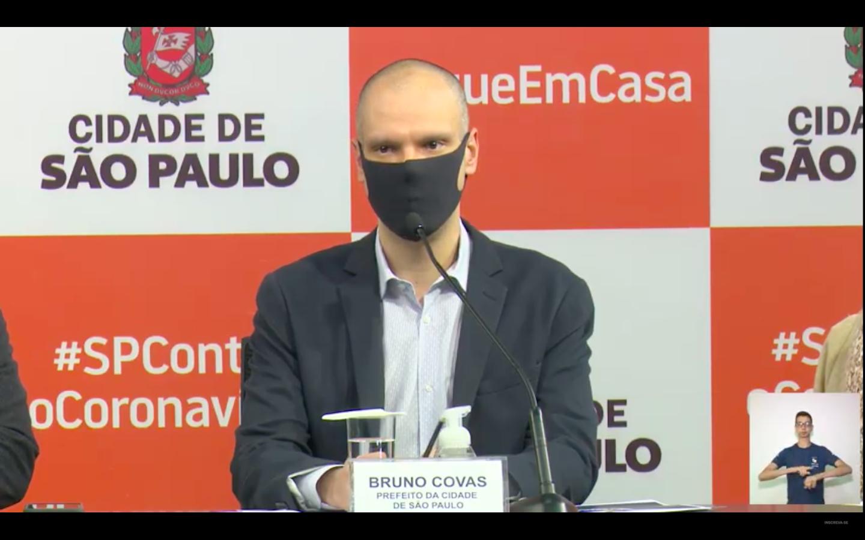 Prefeito Bruno Covas durante coletiva de imprensa. (Crédito: divulgação).